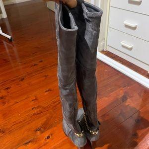 New Winter heel boots, never worn!!!